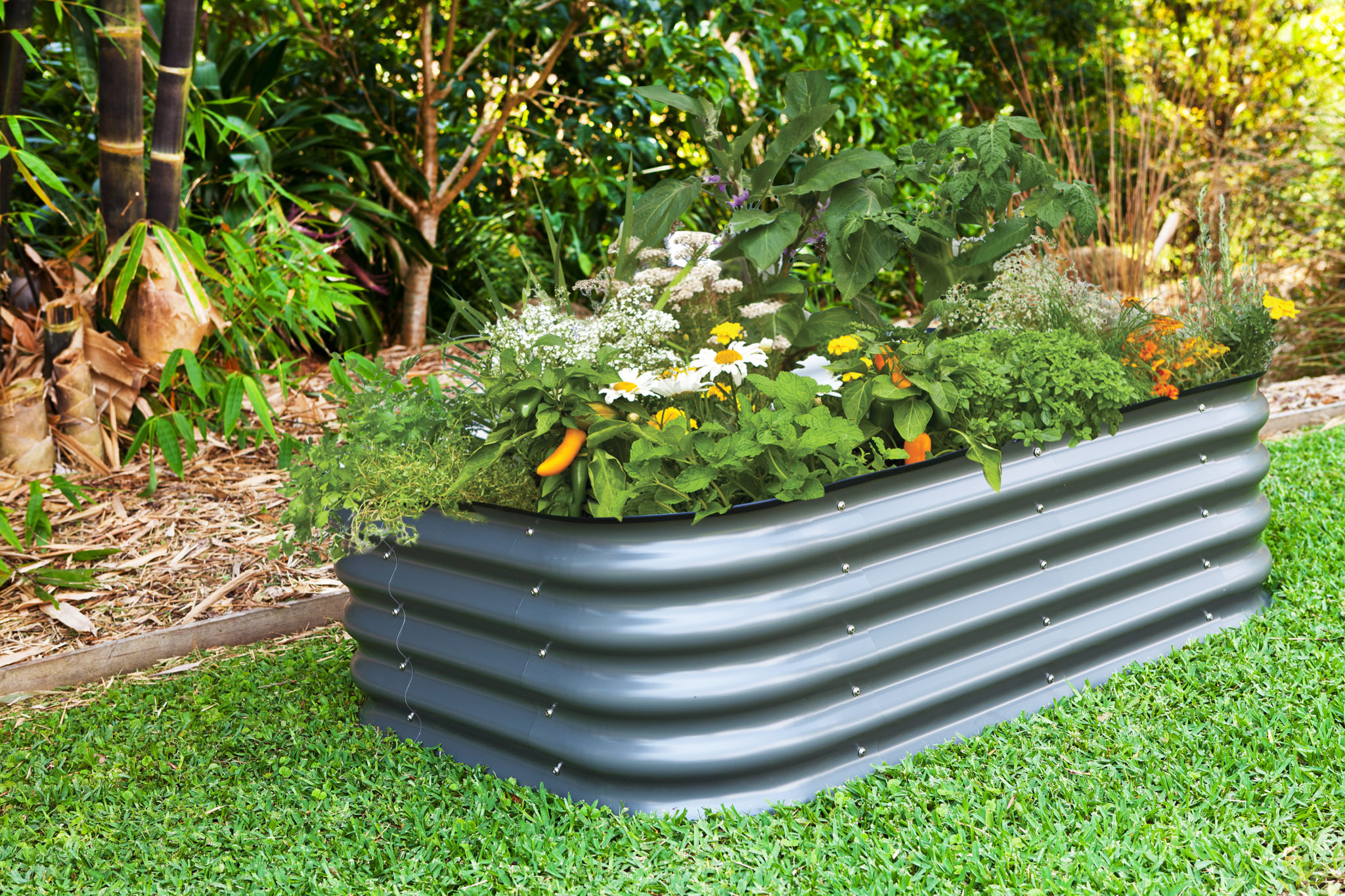 Modular raised garden bed kit